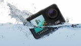 Tvrďáckou kameru Lamax W7.1 lze pod vodou používat i bez pouzdra